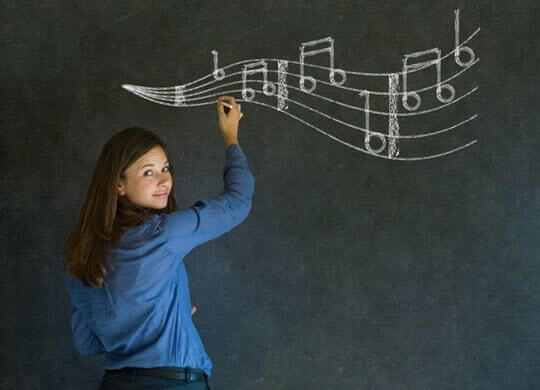 Teacher teaching music after learning from E4E's lausd salary point course